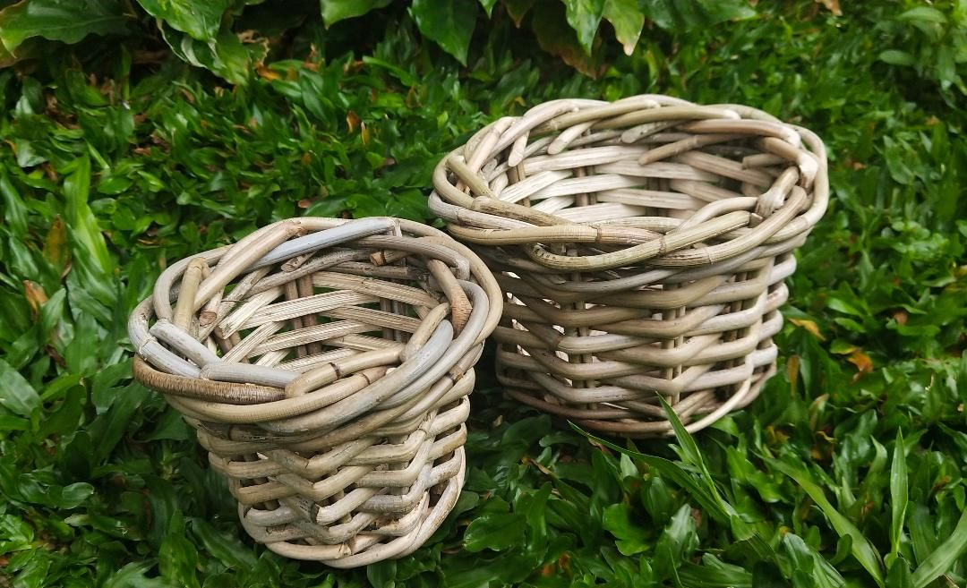 Complimentary of handwoven table pot basket